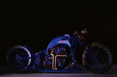 De Harley Davidson Bucherer Blue Edition is de duurste Harley ooit 5